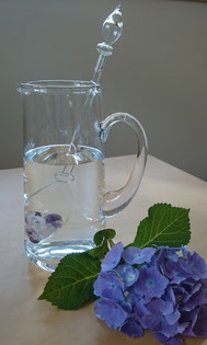 Wasser ist Leben zur Entgiftung heilsam und regt den Energiefluss an