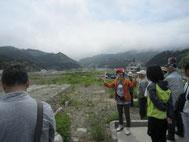釜石の「奇跡の小中学校」を眺める