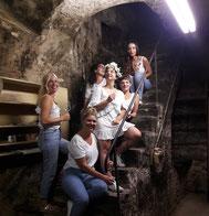 Die Oldtimerrundfahrten mit Weinprobe sind bei Junggesellenabschiede im Ahrtal sehr beliebt.