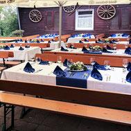 Tischdeko für eine Feier im Wasserberghaus