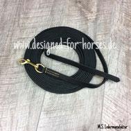 Kurzlonge aus schwarzem Fettleder mit Messingkarabiner 14mm