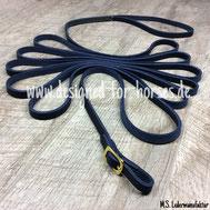 Longe aus dunkelblauem Fettleder mit Handschlaufe und Messingschnalle 12mm