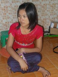 Ei Pa Pa Myo, orpheline de 16 ans.