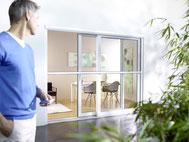 Insektenschutzgitter, Fliegengitter für Dachfenster, Terrassentüren, Lichtschächte und mehr.