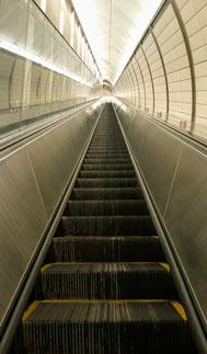 Gaudi Egger Rolltreppe New York USA