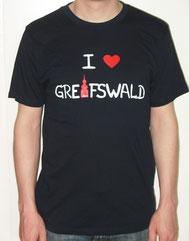 I love Greifswald-Herrenshirt, dunkelblau (Kail) mit weißer Schrift und rotem Herz/Turm.