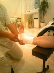 捻挫の応急処置
