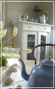 Antiquiäten und Kleinmöbel im Shabby Chic, Landhausstil und Industriestil im Laden von Sternschnuppe home & garden in Eichlehardt, Goldwiese 7