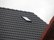 Dachausstiegsfenster auf dem Dachboden