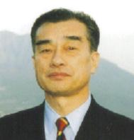横須賀成良氏