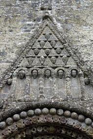 Clonfert. Details des Portals