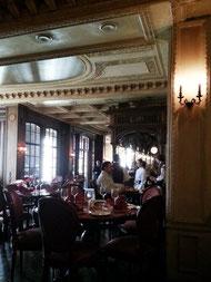 ... im Café Puschkin