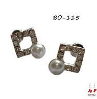 Boucles d'oreilles carrées serties de strass et perle nacrée
