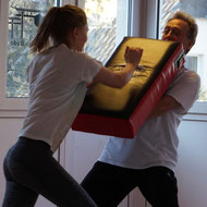 Selbstverteidigungskurs für Mädchen und Frauen