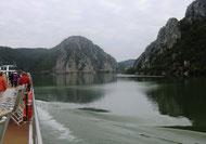 Auf der Donau, Nähe Eisernes Tor