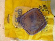 Tupperware et sac en tissu