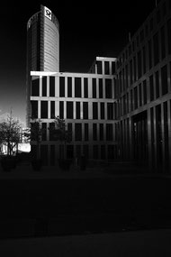 Huawai, Posttower, Post-Tower, Bonn, Schwarz-Weiss Bonn, Fineart, monocrome,