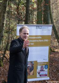 Althistoriker Prof. Boris Dreyer stellt das Projekt vor.
