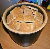 Pfefferkuchen im Steintopf lagern