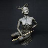 Artemis | Kunstharz | 77 x 55 x 52 cm | Alexandra Kapogianni-Beth | www.bildhauerwerke-ak.de
