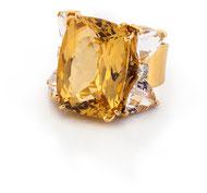 BERYL-CUSHION-RING 18k Gelbgold I Beryl I Morganit I Brillanten