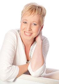 Claudia Knöfel, die Autorin der Buchreihe um den Weihnachtsengel Alexis.