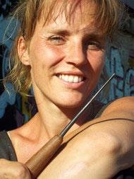 Bildhauerin Astrid Roenig