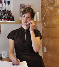 Anne Sophie Riberty dans son institut de beauté à Serre Chevalier