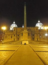 Santa Maria Maggiore bei Nacht