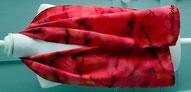 Foulard, soie naturelle,carré, écharpe, grand carré,étole,grande dimension,vert,fait main, Bretagne,France,Armelle Soie peint main, roulotté main, fait, main, fabriqué en France,  vert,émeraude, jaune,