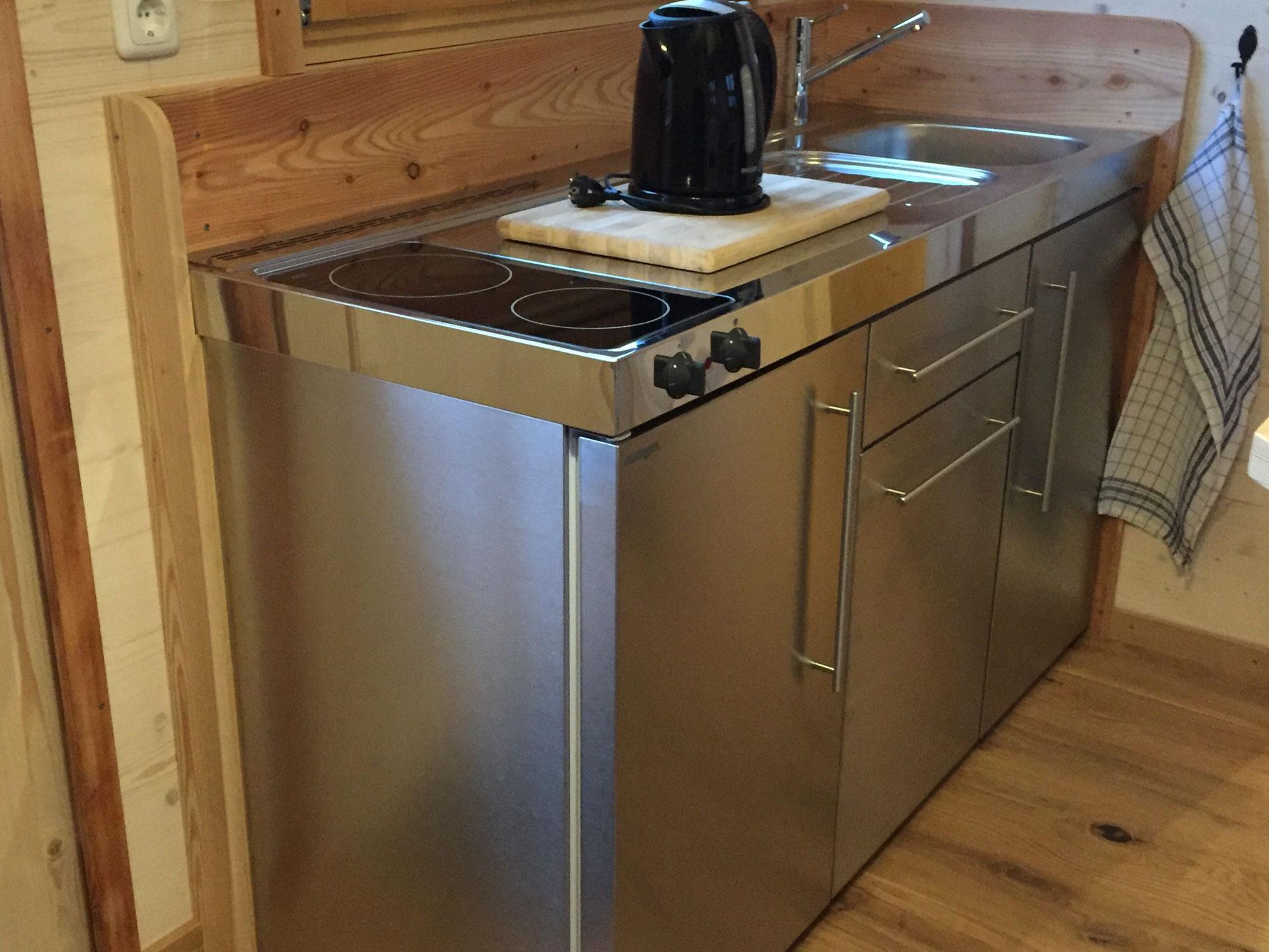 Küche im Wohn-Bauwagen - Holzbau Pletz