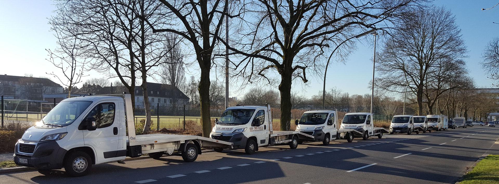 ab 59 90 abschleppwagen mieten hucke truck autotransporter vermietung. Black Bedroom Furniture Sets. Home Design Ideas