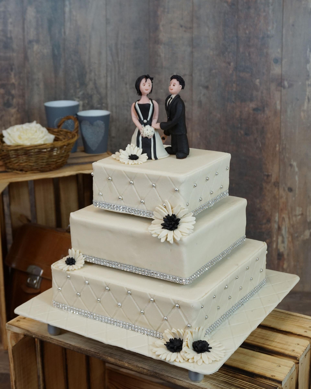 Hochzeitstorten Eckig Individuelle Hochzeitstorten