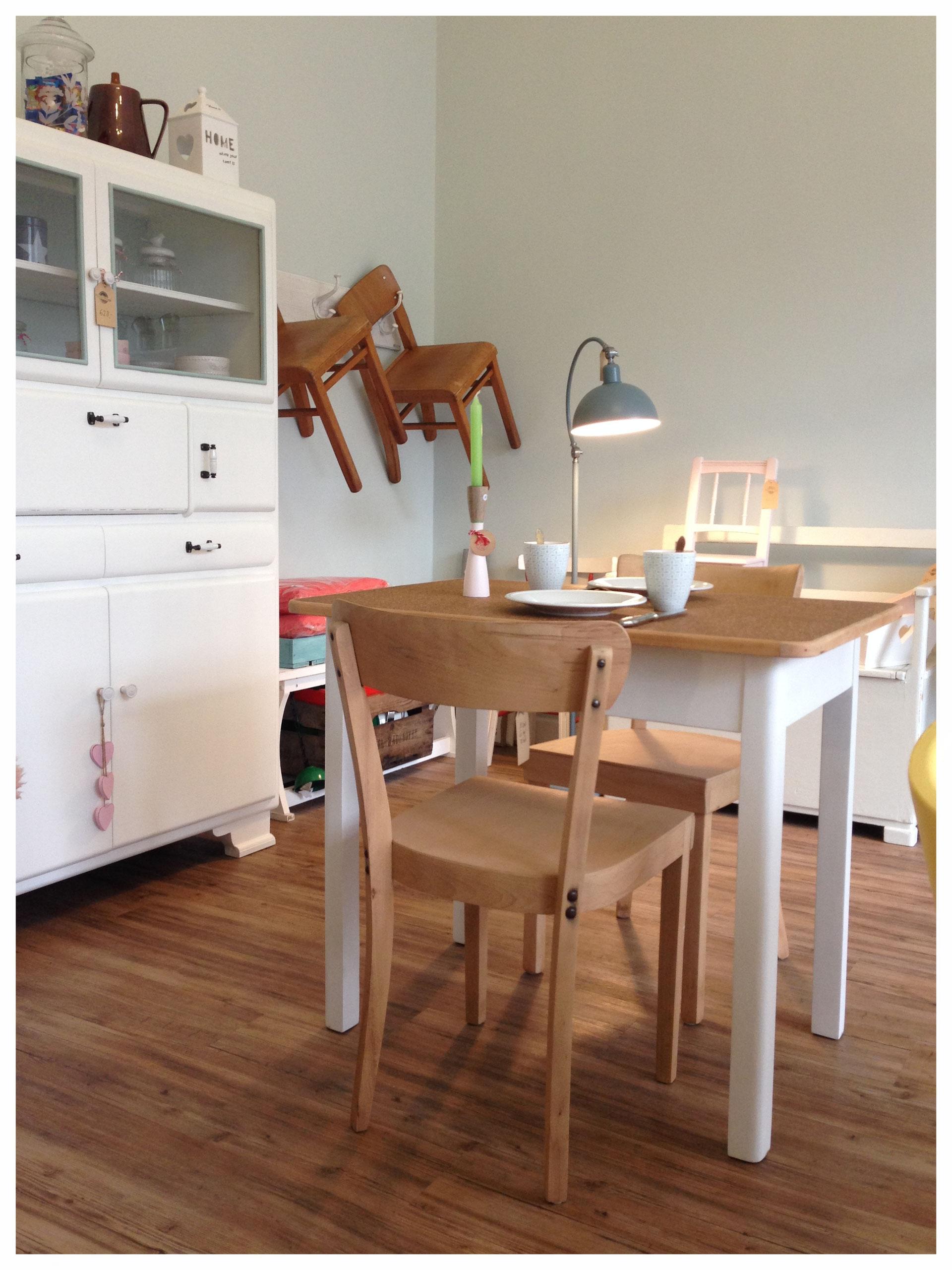 vintage klinik m bel vintage klinik furniture with love and soul antike m bel tische. Black Bedroom Furniture Sets. Home Design Ideas