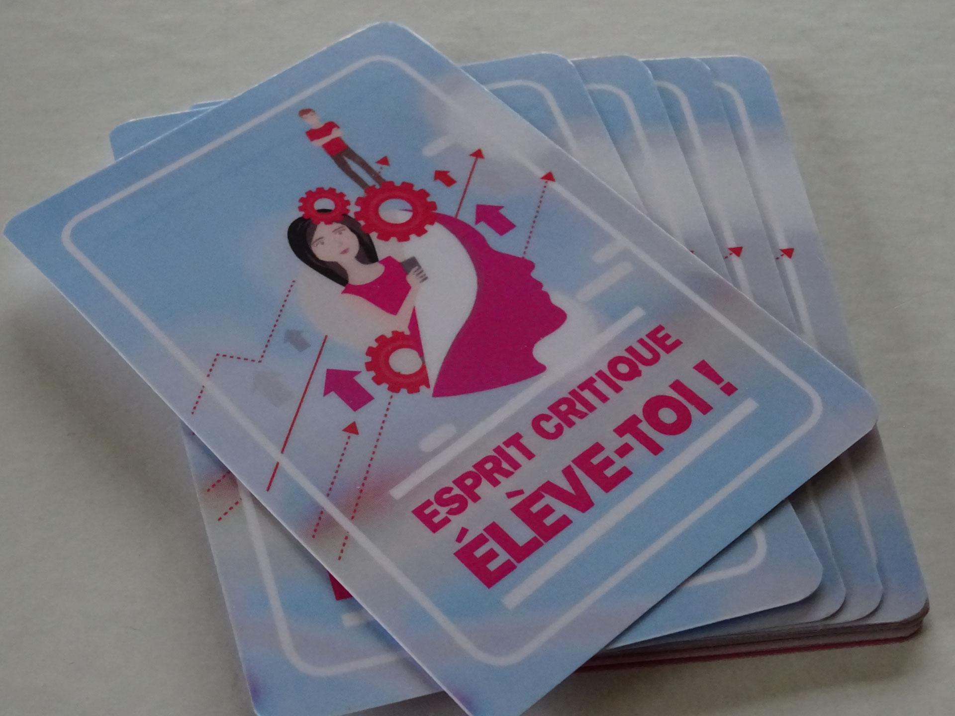 jeux de cartes socio-educatifs pour centre social