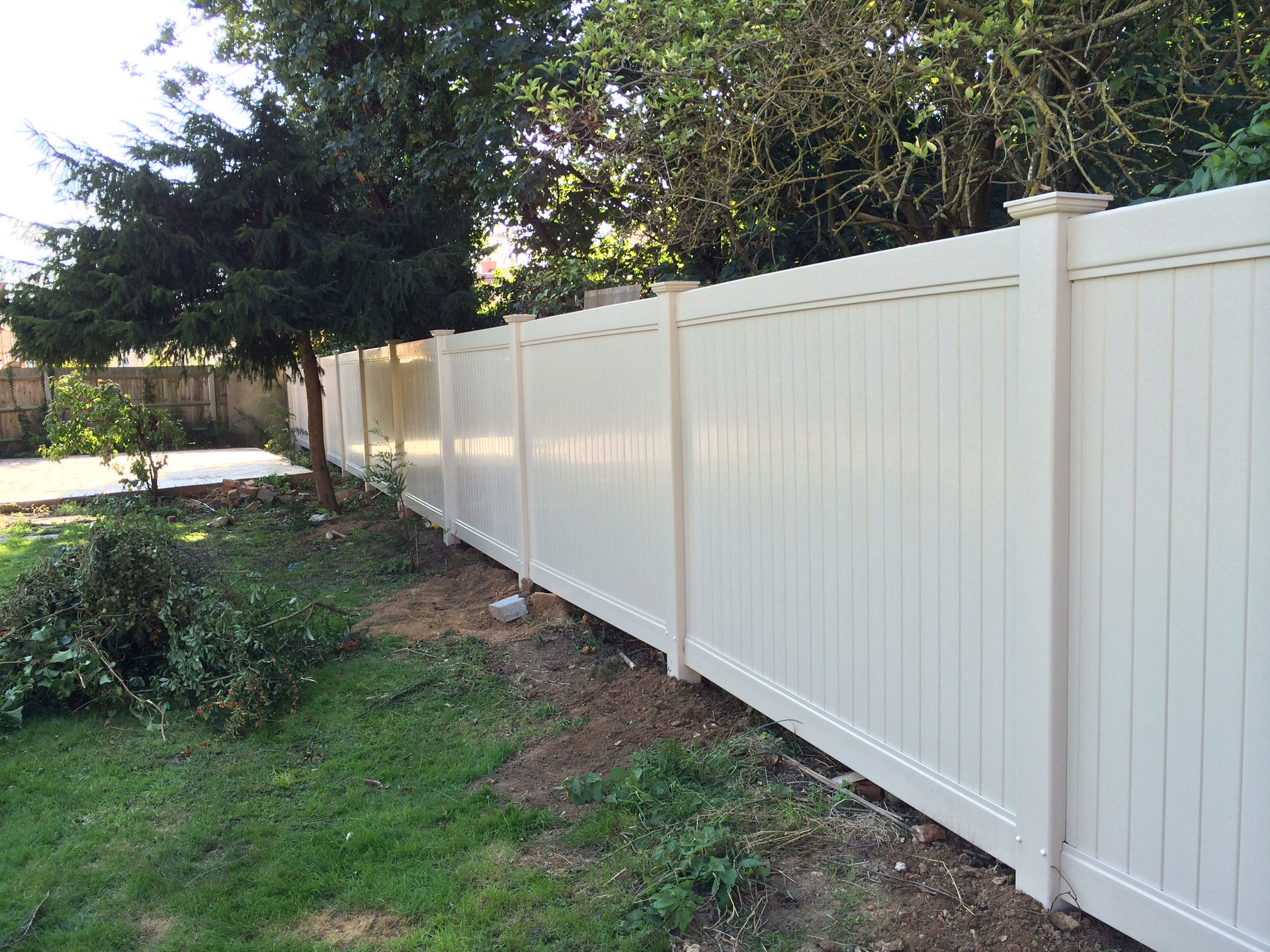 Full Privacy Pvc Fencing Bid Quot Goodbye Quot To Wooden Fencing