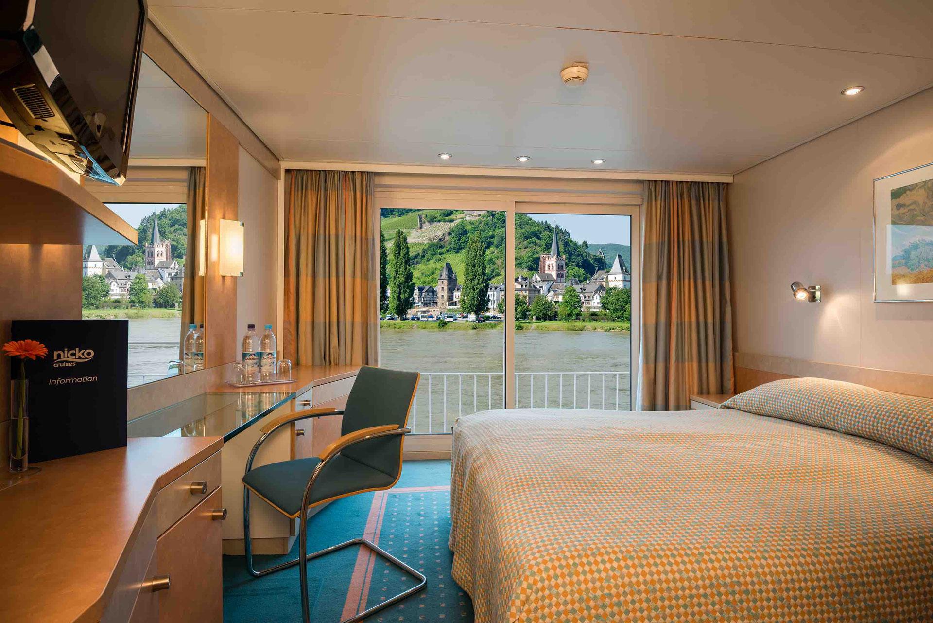 MS Victoria Außenkabine mit französischem Balkon