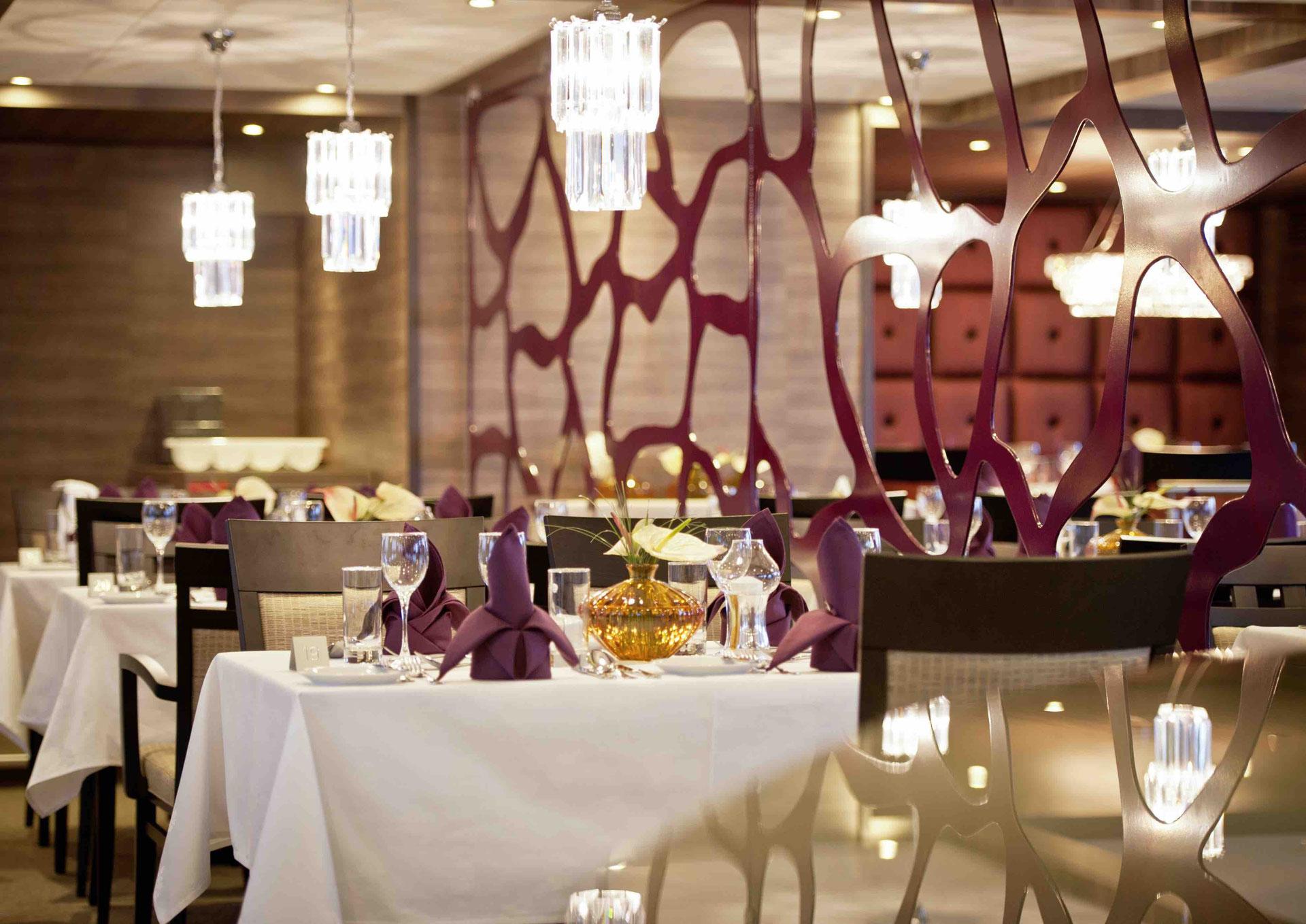 AMADEUS Silver II Panorama-Restaurant