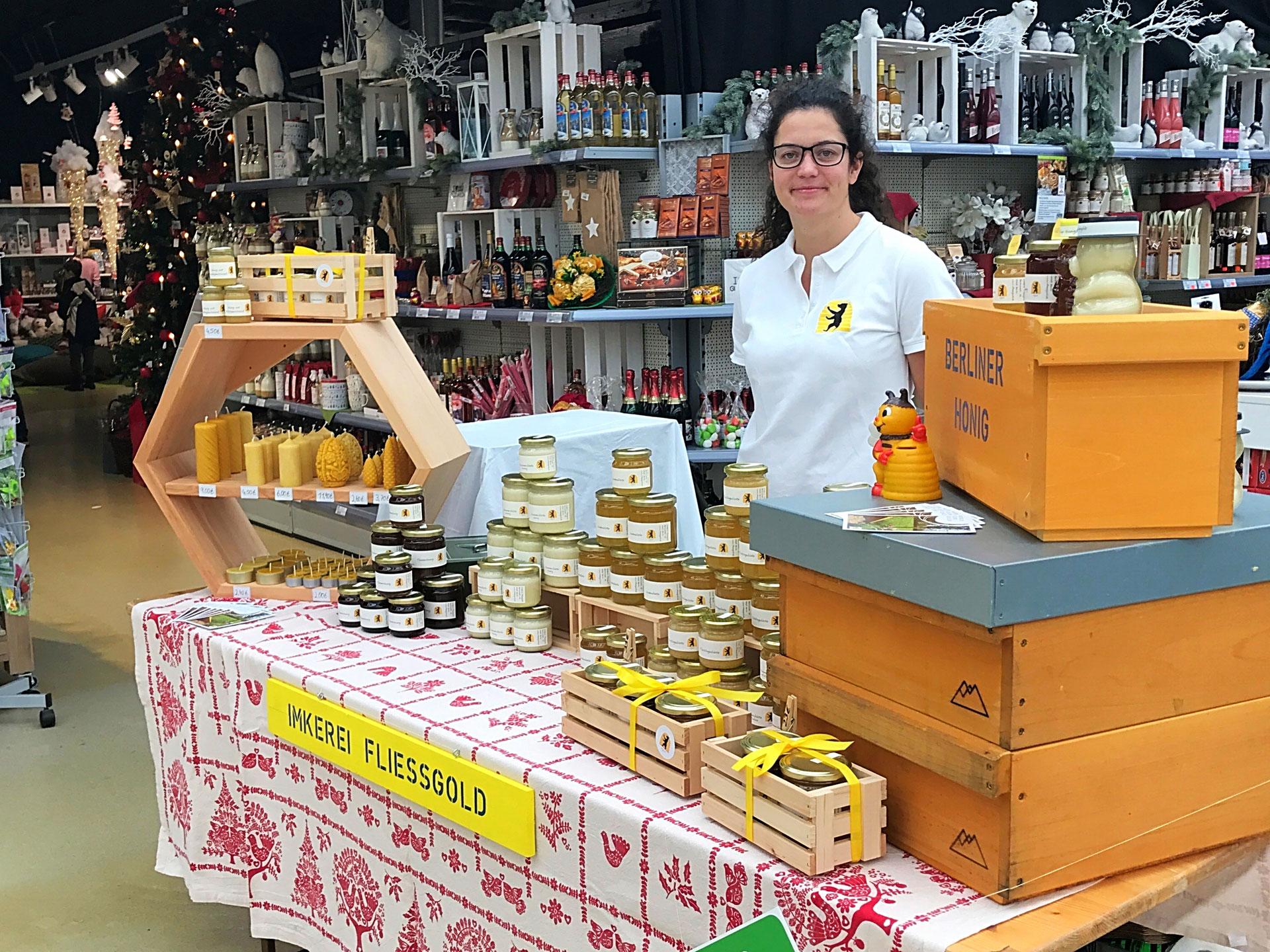 weihnachtsmarkt bei pflanzen k lle in borgsdorf berliner bio imkerei bio honig aus berlin von. Black Bedroom Furniture Sets. Home Design Ideas