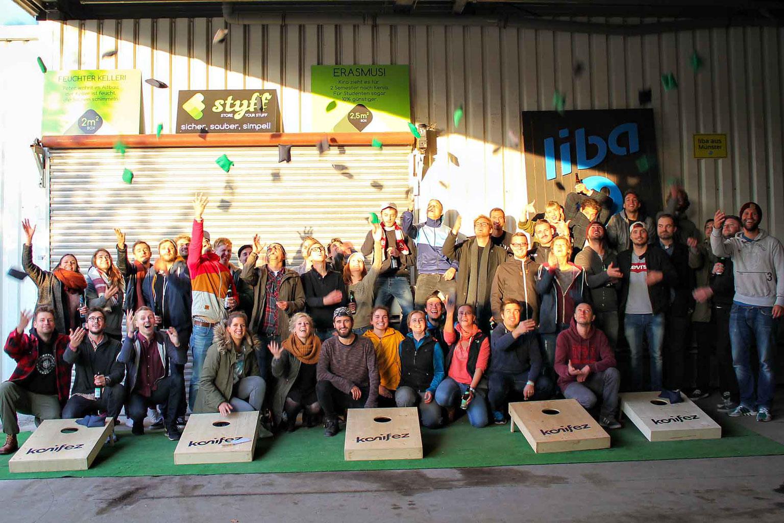 Spiele Weihnachtsfeier Betriebsfeier.Das Wurfspiel Für Jede Altersgruppe Cornhole Aus Deutschland
