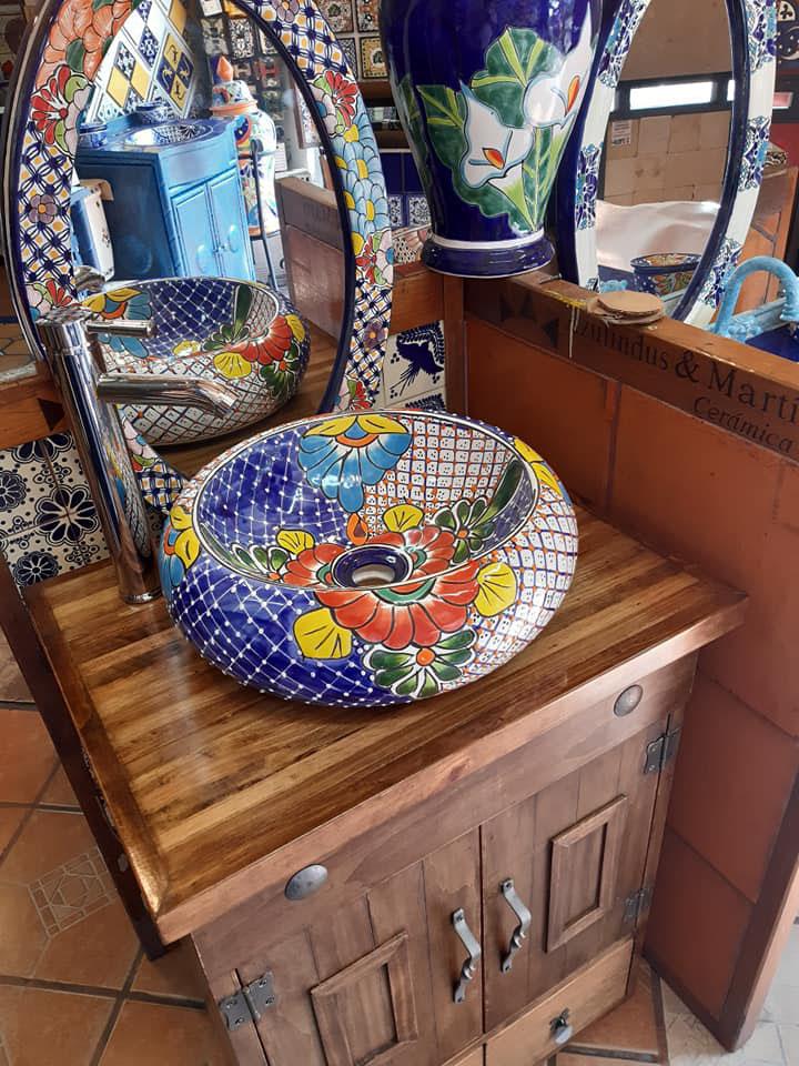 Bienvenido r sticos artesanales talavera azulejo for Pisos losetas y azulejos