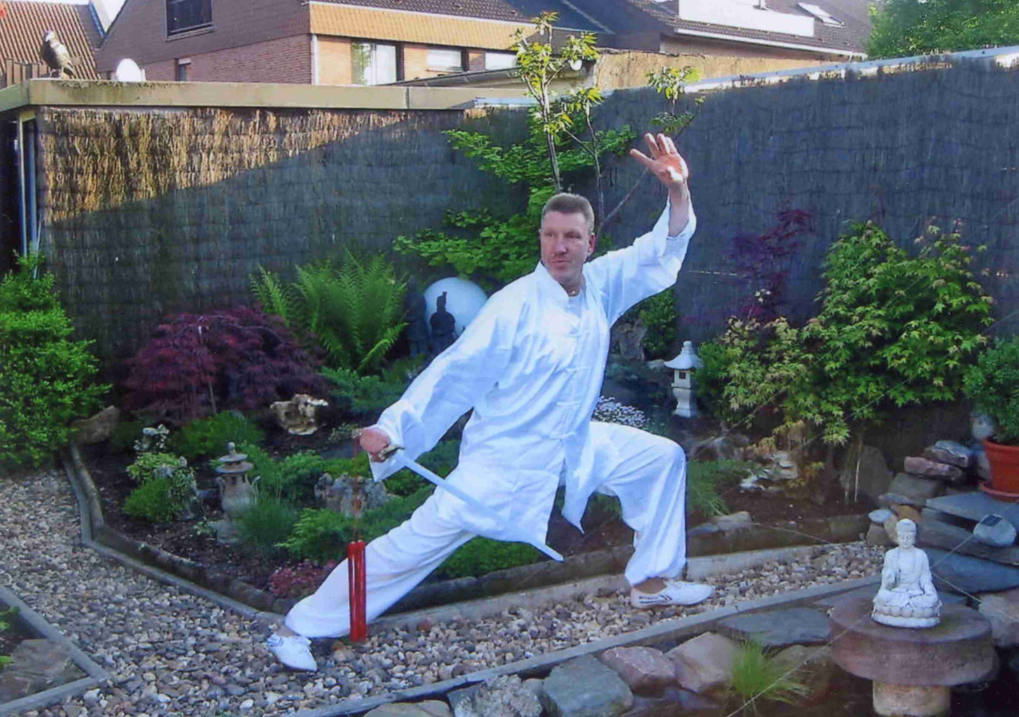 tai chi trainer karate dojo sandokan. Black Bedroom Furniture Sets. Home Design Ideas