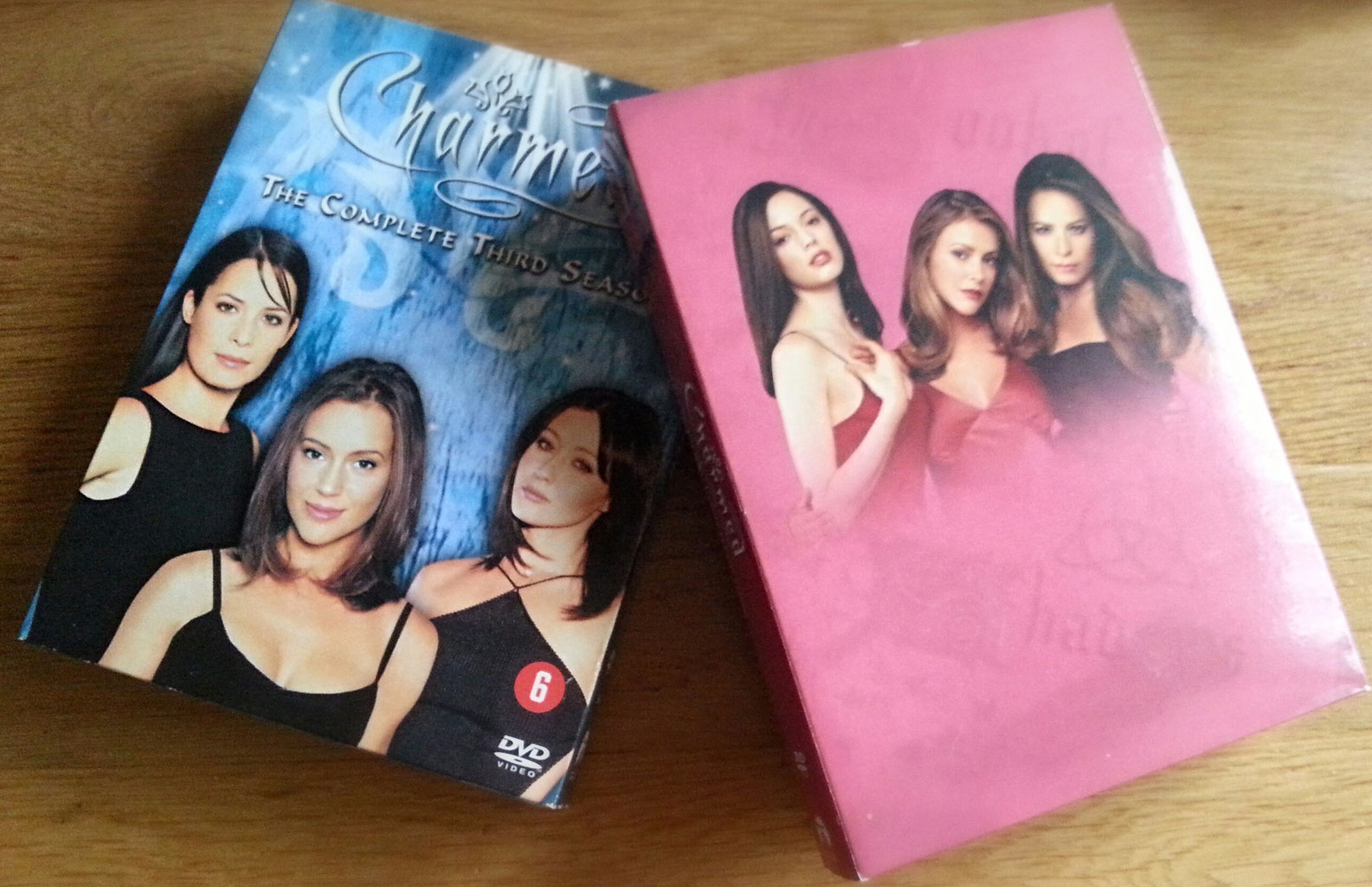 Series Tip Charmed Conmose
