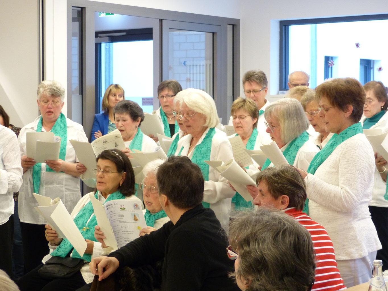 Frauen kennenlernen singen