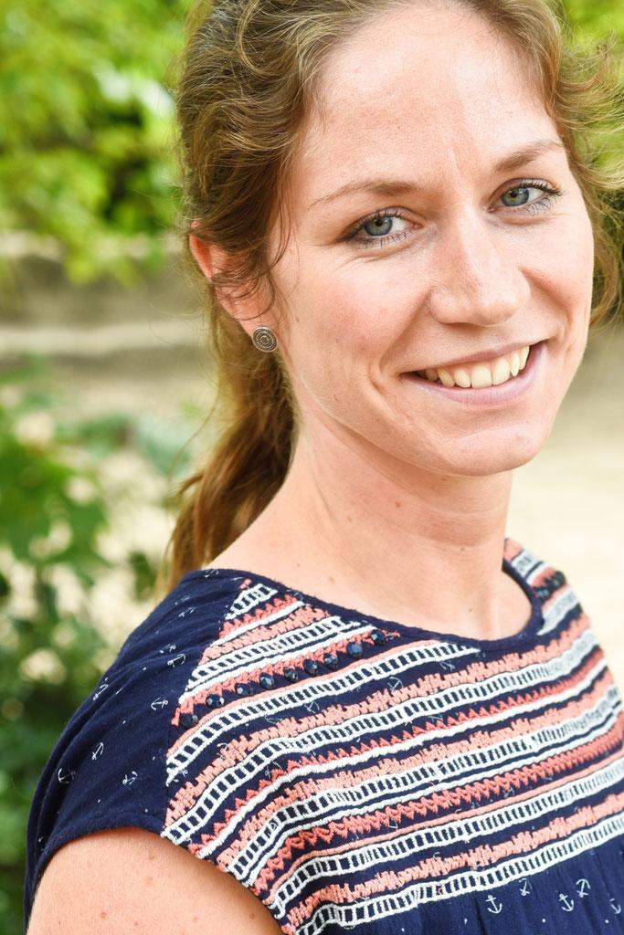 Lehrer Innen Montessori Schule Munster Ev Im Mittelpunkt Das Kind Grundschule Und Gesamtschule Der Sekundarstufe I