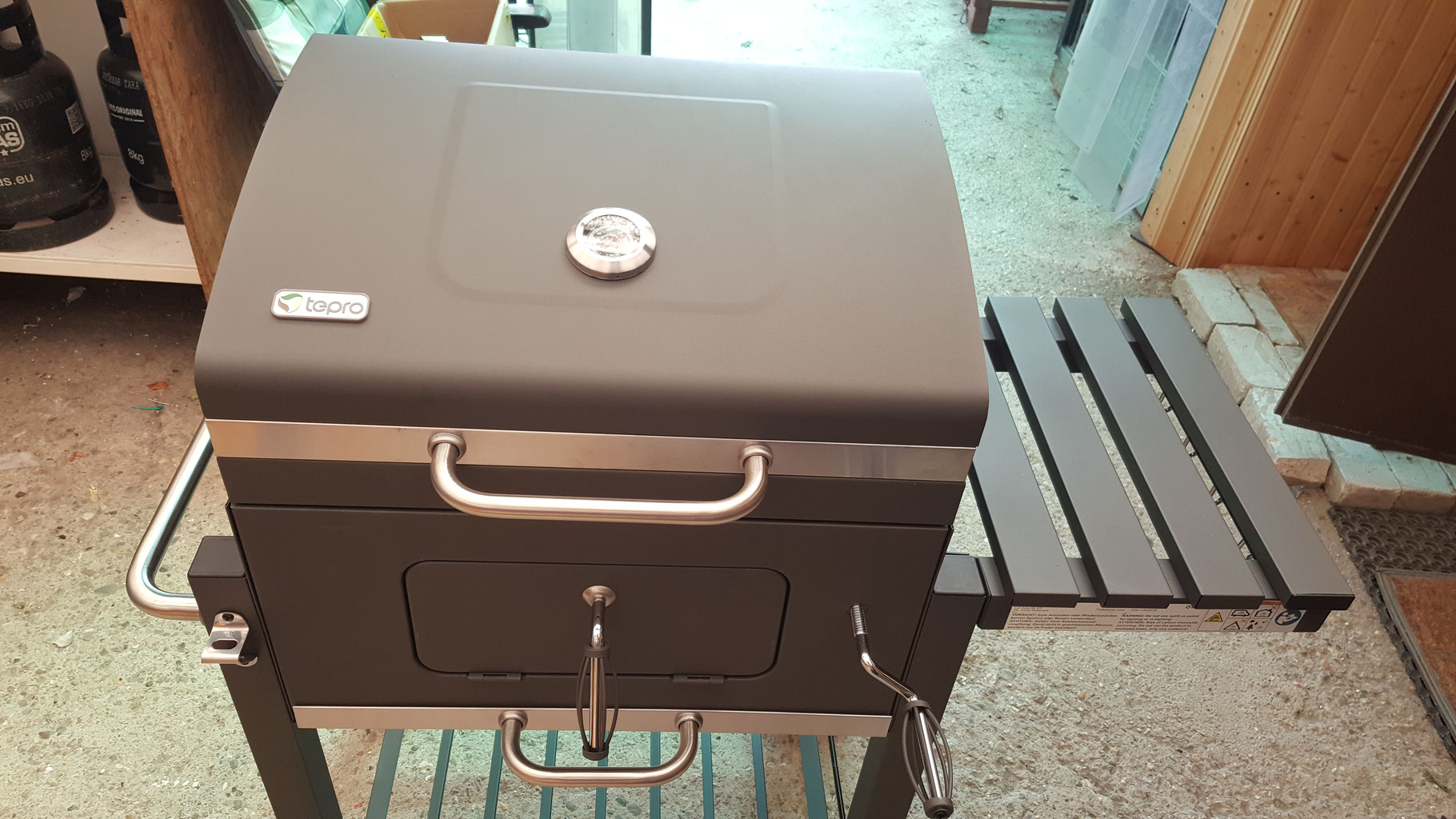 Enders Gasgrill Boston Black 4 Ik Zubehör : Enders gasgrill monroe s turbo hertie