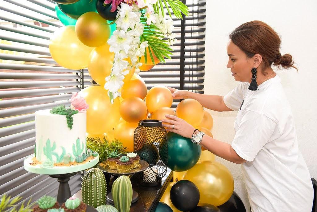 Feest decoratie ballonnen catering feest decoratie for Decoratie feest
