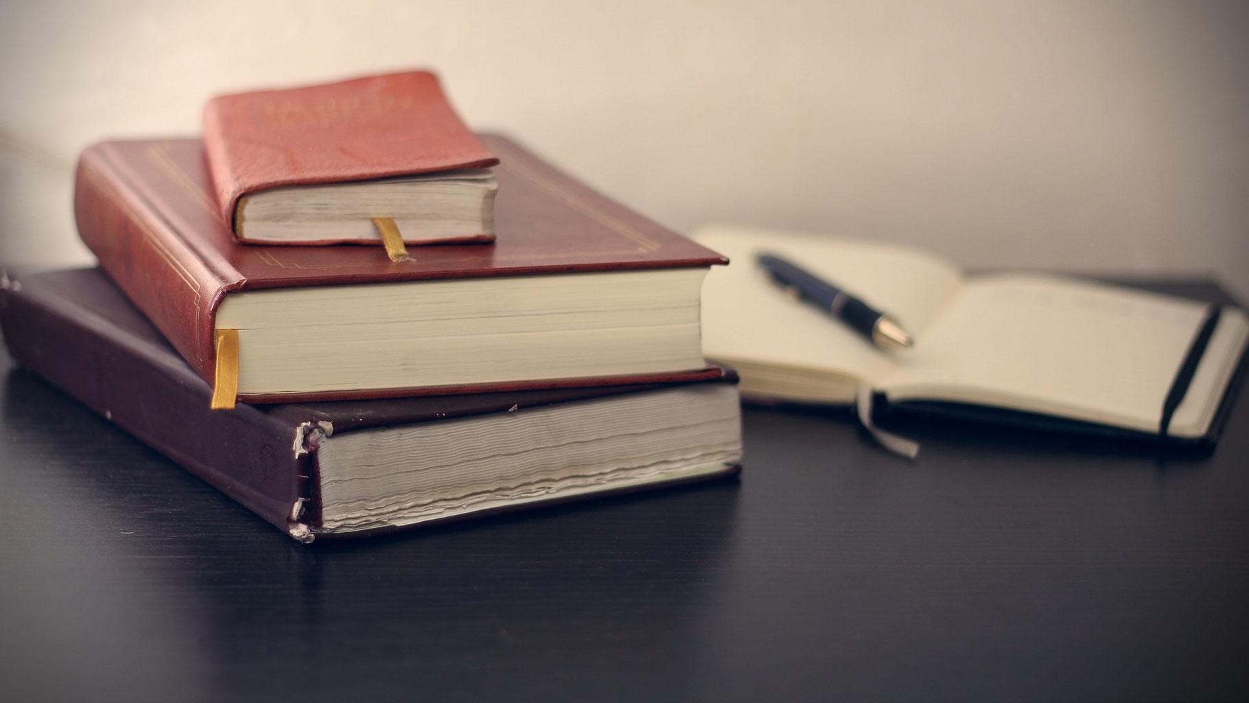Wie Läuft Eine Buchveröffentlichung Ab Kurze Einführung Von Der