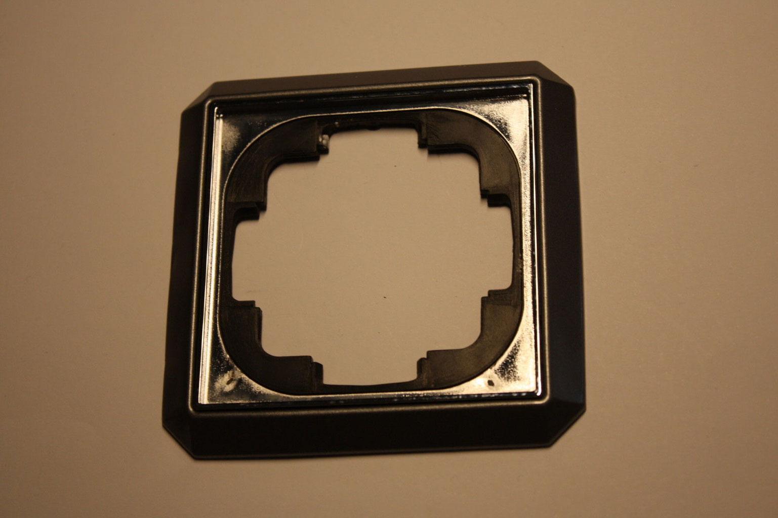 trias facet der shop f r gebrauchtes schaltermaterial. Black Bedroom Furniture Sets. Home Design Ideas
