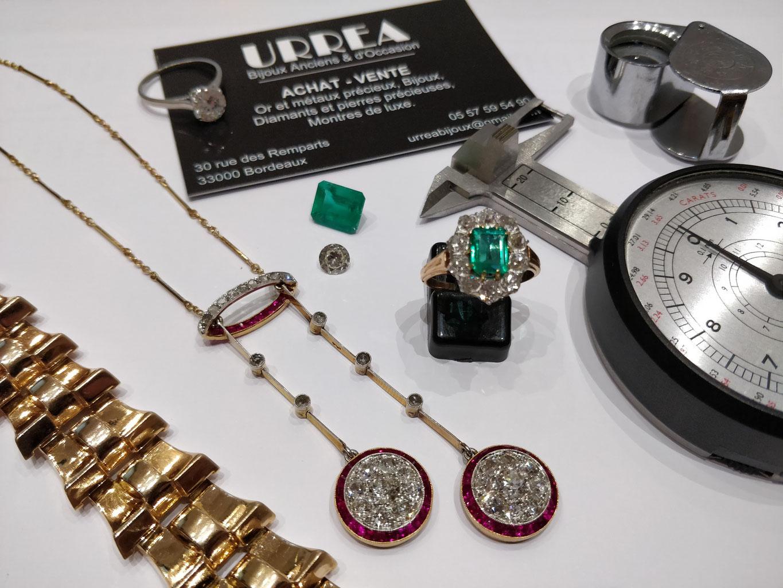 Achat   Vente bijoux d Occasion - URREA Bijoux Anciens et d Occasion à  Bordeaux f234d6b458b
